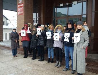 Trwa protest w tarnobrzeskim sądzie
