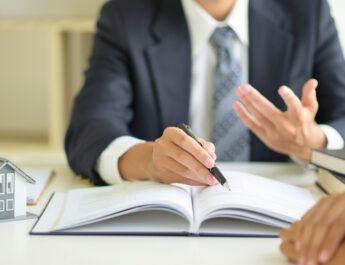Outsourcing tłumaczeń prawniczych dla tarnobrzeskich kancelarii i firm. Co warto wiedzieć o tej popularnej usłudze?
